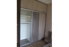 спалня и гардероб плъзгащи врати